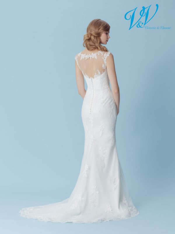 A lace bridal gown for a simple vintage look.