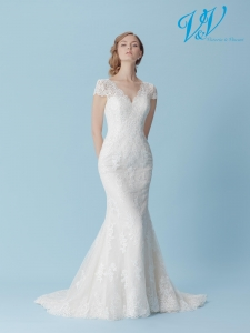 A mermaid wedding dress with beautiful lace details.