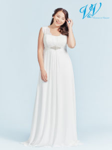 A beautiful plus size bridal dress with a lace-up back. High quality chiffon.