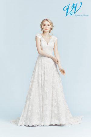 A romantic A-Line wedding dress with a V-neckline. Perfect for a church wedding.