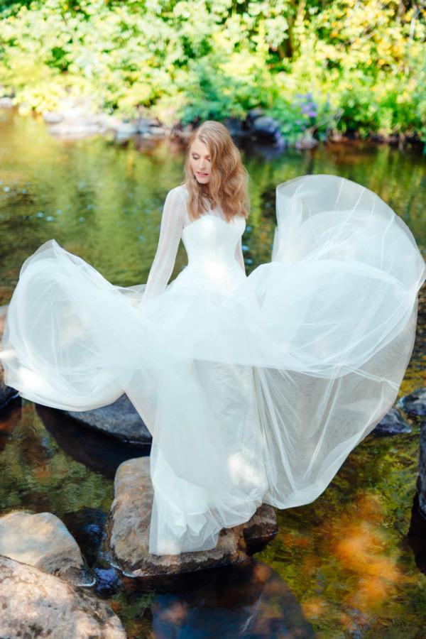 Victoria & Vincent tulle wedding dress